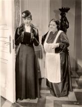 Luise Rainer and Mathilde Comont in Escapade (1935)