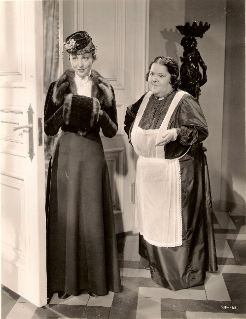 Luise Rainer and Mathilde Comont in Escapade (1935)
