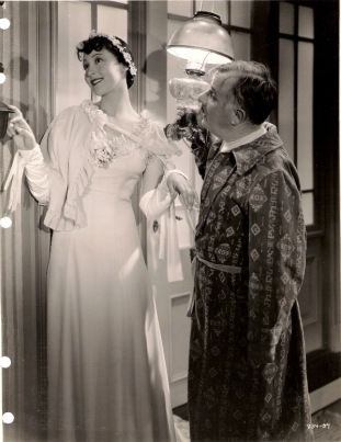 Luise Rainer and Henry Travers in Escapade (1935)