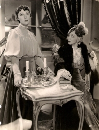 Luise Rainer and Virginia Bruce in Escapade (1935)