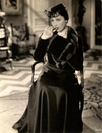 Luise Rainer in Escapade (1935)