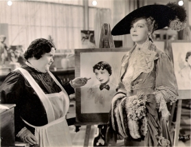 Mathilde Comont and Mady Christians (with a drawing of Luise Rainer) in Escapade (1935)