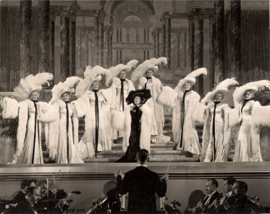 Luise as Anna Held in one the musical numbers from The Gret Ziegfeld