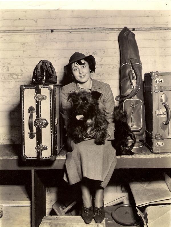Press - 1935 arrival in New York