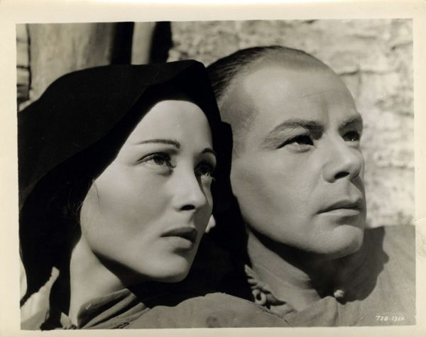 Luise Rainer and Paul Muni in The Good Earth (1937)