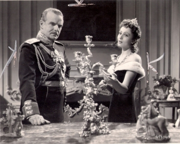 Frank Conroy and Luise Rainer in The Emperor's Candlesticks (1937)