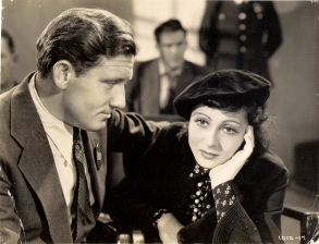 Spencer Tracu as Joe, and Luise Rainer as Anna, in Big City (1937)