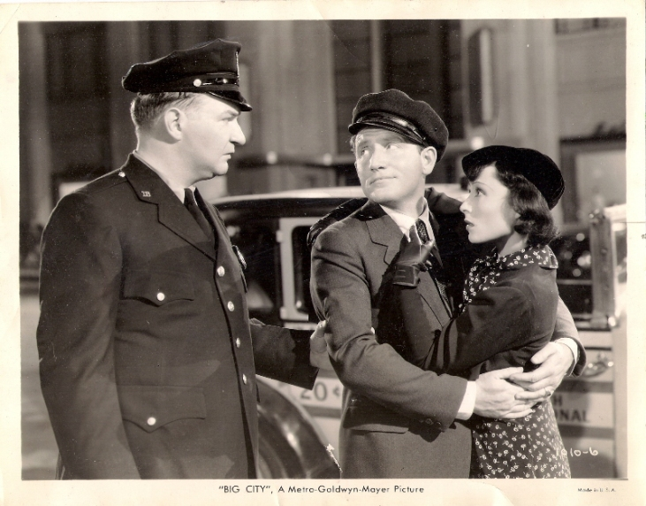 Eddie Gribbon as the cop, with Spencer Tracy and Luise Rainer in Big City (1937)
