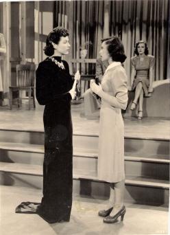 Gale Sondergaard and Luise Rainer in Dramatic School (1938)